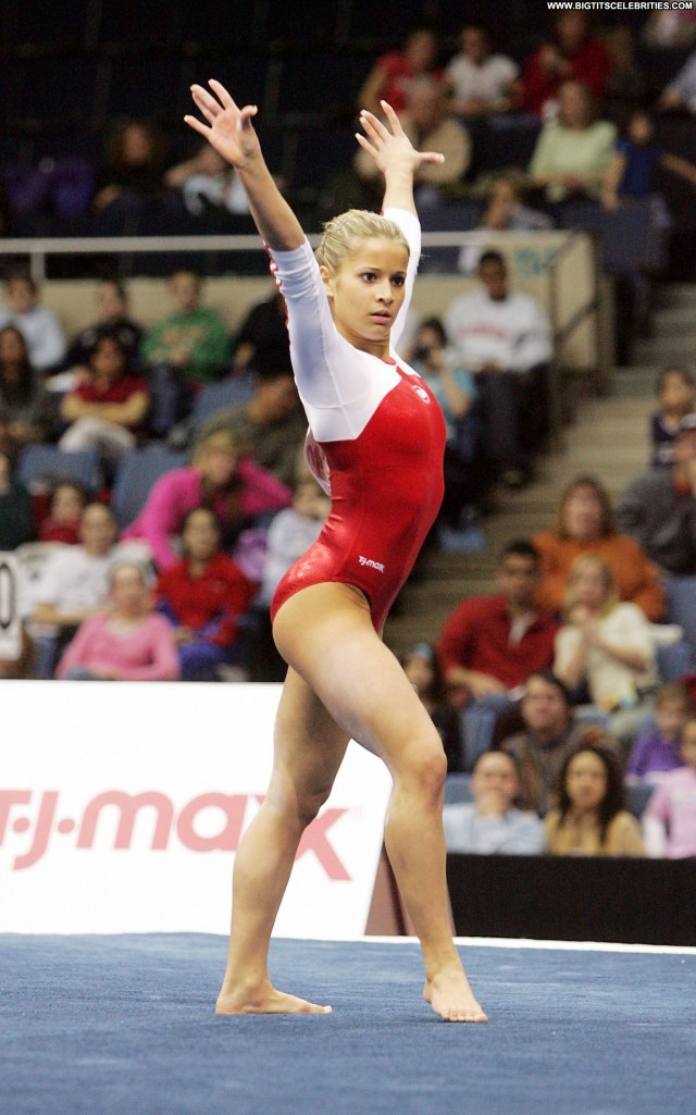 Alicia Sacramone Los Angeles Cute Sultry Gorgeous Celebrity Sensual