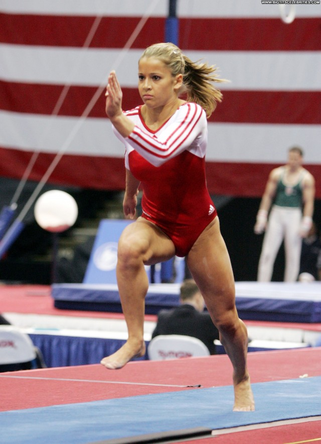 Alicia Sacramone Los Angeles Gorgeous Sensual Sultry Sexy Cute