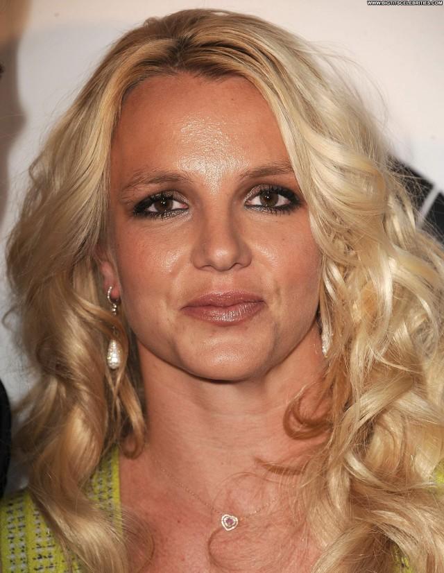 Britney Spears Yesterday Sensual Celebrity Stunning Doll Pretty Hot