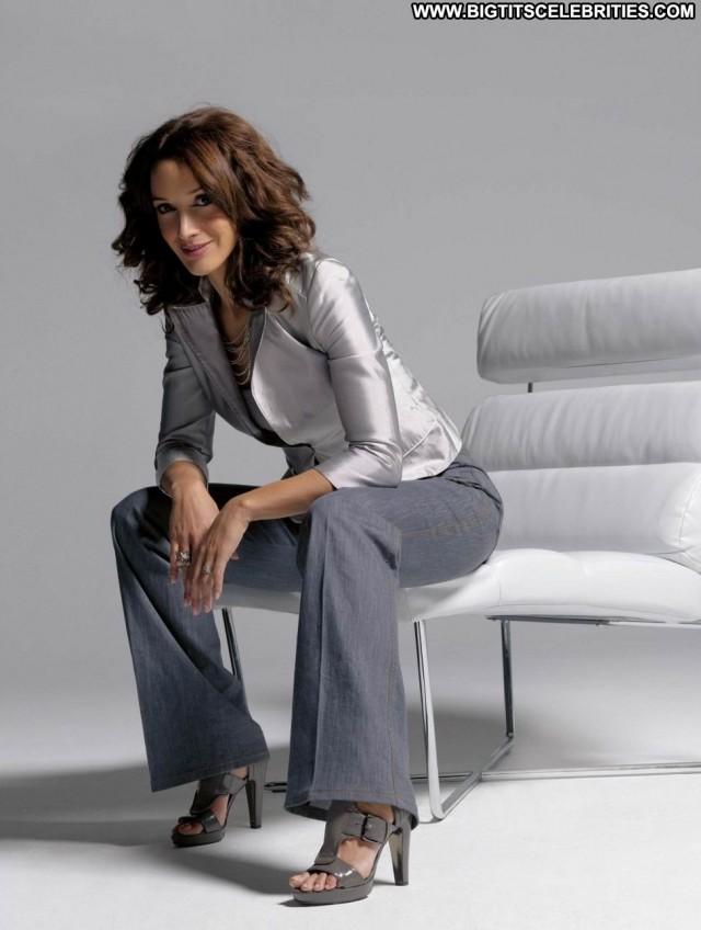 Jennifer Beals Terminator Stunning Beautiful Celebrity Posing Hot