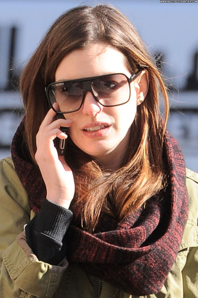 Anne Hathaway New York Nice Sexy Sultry Cute Hot Doll Celebrity