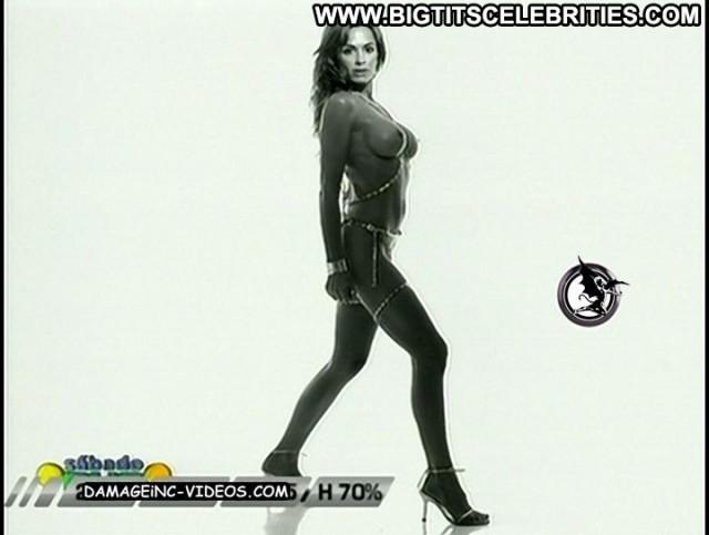 Daniela Cardone S C  A Bado Bus Latina Posing Hot Nice Brunette Big