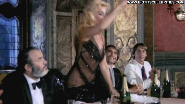 Susana Gimnez Il Conto E Chiuso Stunning Celebrity Posing Hot