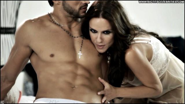 Laura Miller Miscellaneous Latina Sensual Gorgeous Singer Brunette