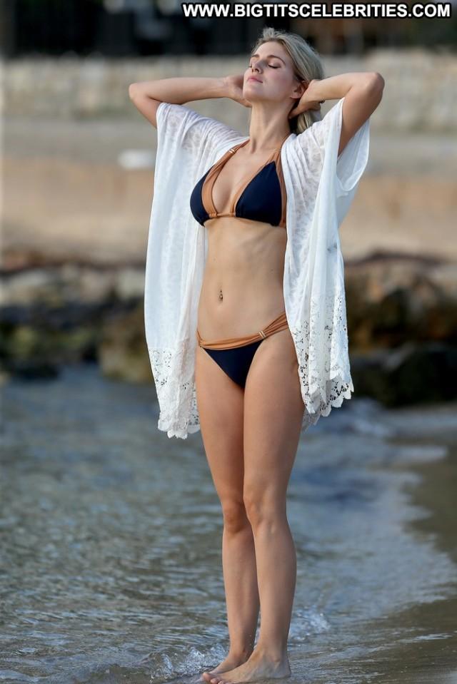 Ashley James Miscellaneous Sexy Celebrity Blonde Cute International