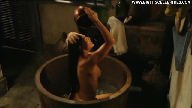 Juliana Paes Gabriela Hot Big Tits International Latina Brunette