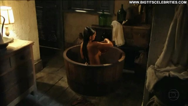 Juliana Paes Gabriela International Sensual Latina Big Tits Celebrity