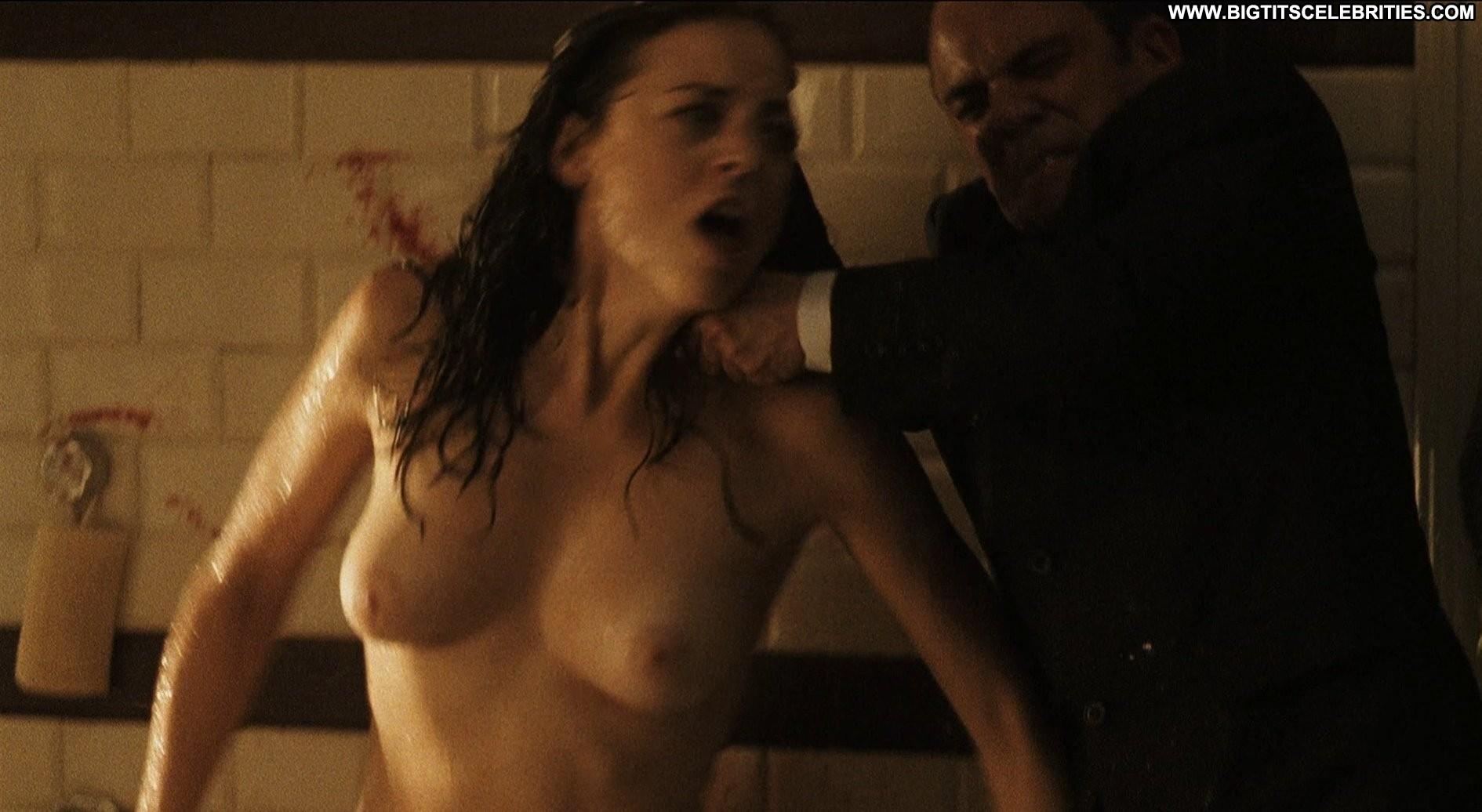 Leonor watling tits