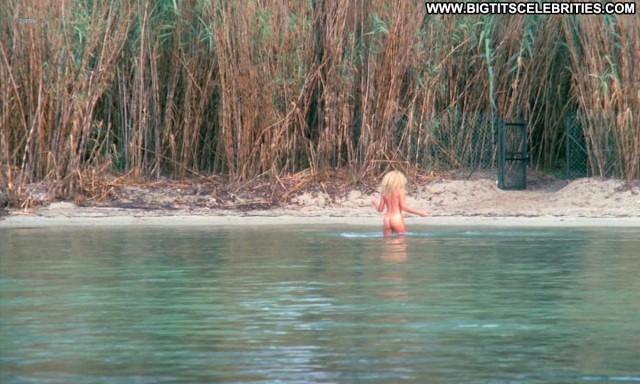 Doris Thomas Les Sous Doues En Vacances Sultry Beautiful Pretty