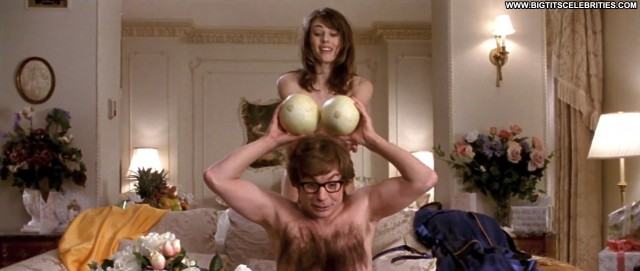 Elizabeth Hurley Austin Powers International Man Of Mystery Big Tits