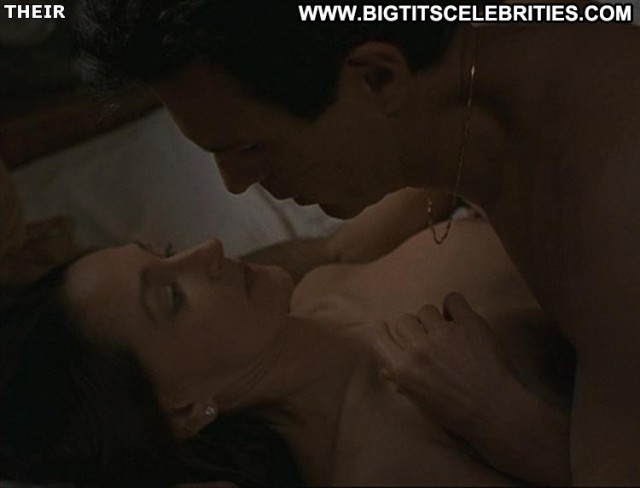 Olivia Hussey Island Prey Latina Brunette Big Tits Posing Hot Pretty