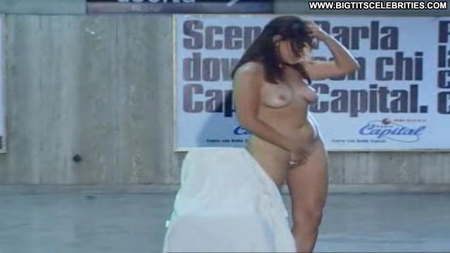 Debora Cal Ultimo Metro Pretty Celebrity Big Tits Brunette Beautiful