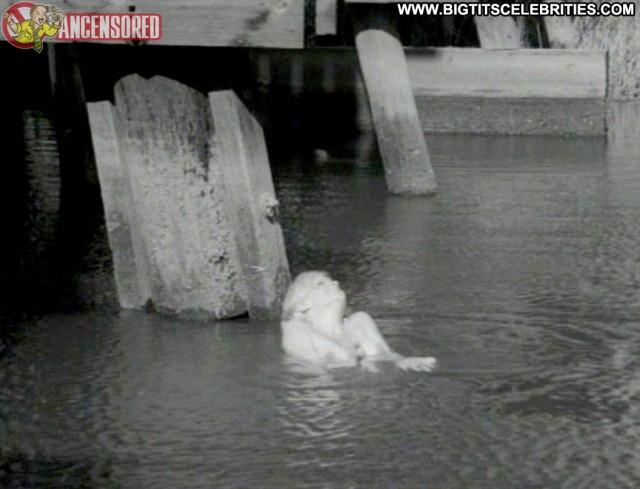 Lorna Maitland Mudhoney Pretty Blonde Big Tits Hot Nice Celebrity Cute