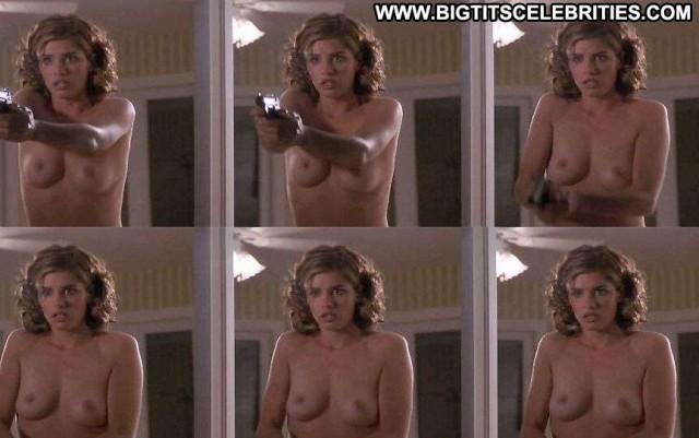 Amanda Peet The Whole Nine Yards Brunette Hot Medium Tits Pretty