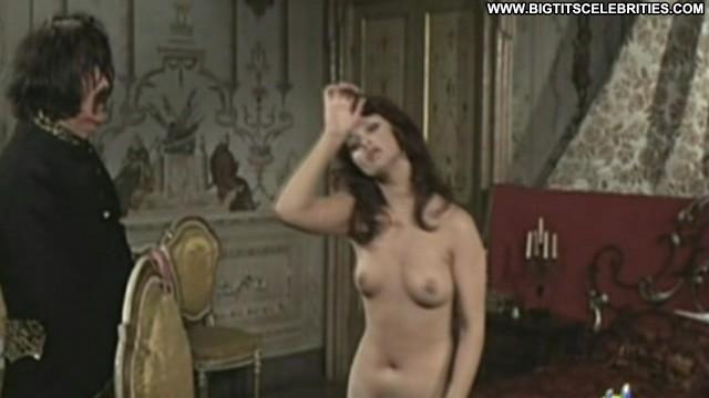 Femi Benussi Frau Wirtins Tolle T Medium Tits Sultry Brunette Doll