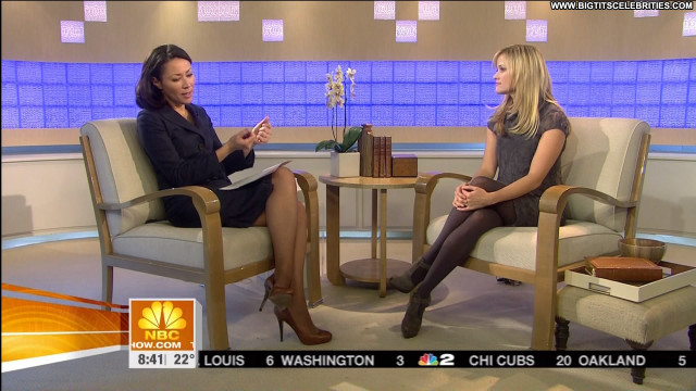 Reese Witherspoon Interview Celebrity Beautiful Hot Nice Posing Hot