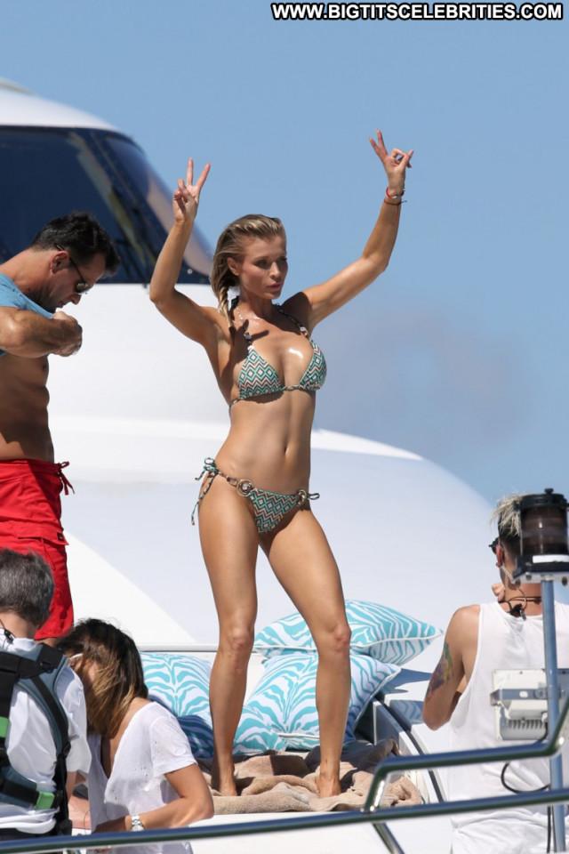 Joanna Krupa No Source Celebrity Posing Hot Bikini Babe Beautiful