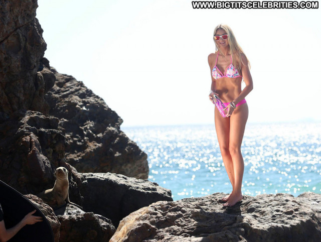 Kerrie Mcmahon No Source Wet Bikini Beautiful Babe Topless Celebrity