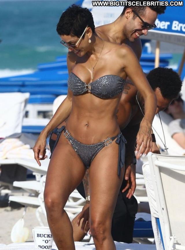 Nicole Murphy The Beach Celebrity Beautiful Posing Hot Babe Beach