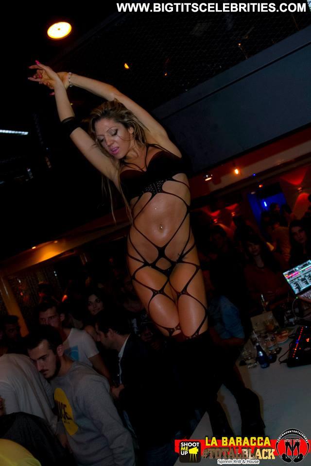 Maria Nicol No Source Club Posing Hot Hot Celebrity Beautiful Sexy
