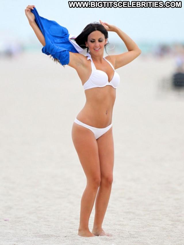 Claudia Romani No Source Posing Hot Celebrity Beautiful Babe