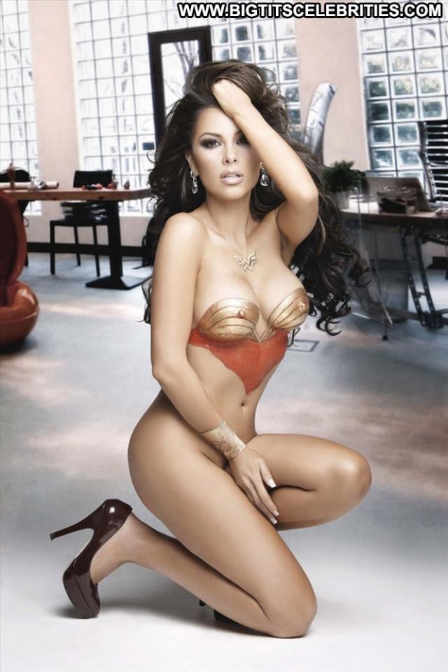 Gaby Ramirez Wonder Woman  Babe Beautiful Nude Body Paint Posing Hot