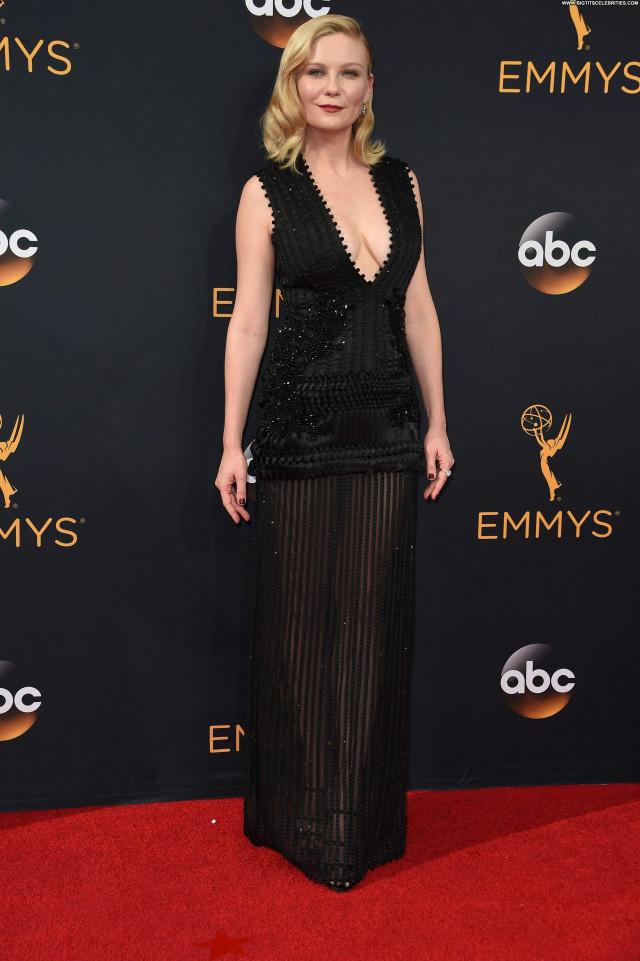 Kirsten Dunst Primetime Emmy Awards Babe Nice Cleavage American