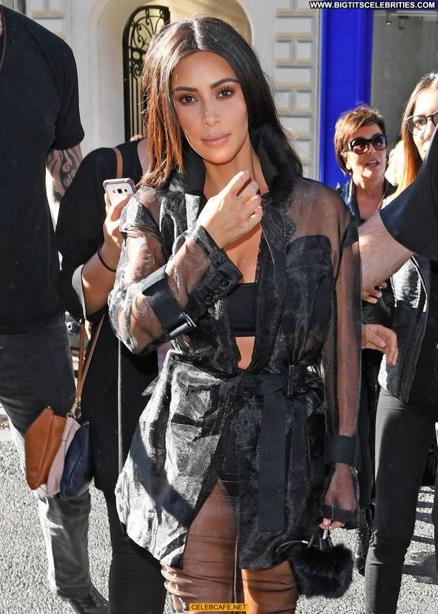Kim Kardashian No Source Babe Celebrity Ass Posing Hot Beautiful Paris