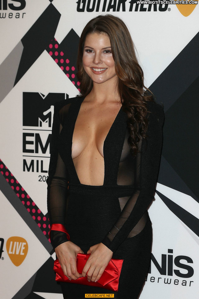 Amanda Cerny No Source Beautiful Sex Sexy Celebrity Babe Posing Hot