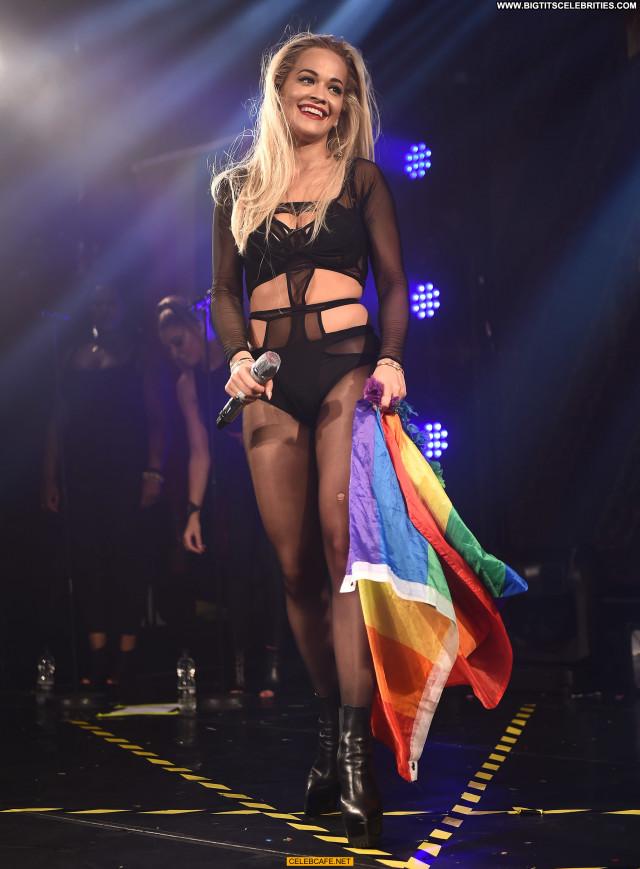 Rita Ora No Source  Celebrity Stage Babe London Posing Hot Beautiful