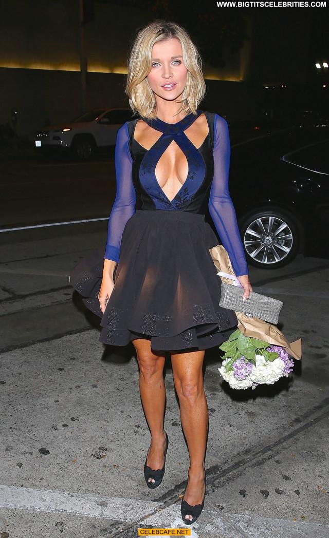 Joanna Krupa West Hollywood Celebrity Cleavage Restaurant West