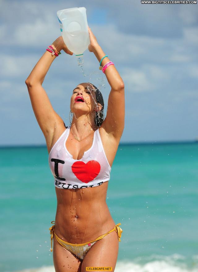 Jennifer Nicole Lee No Source Beautiful Posing Hot Babe Wet Celebrity