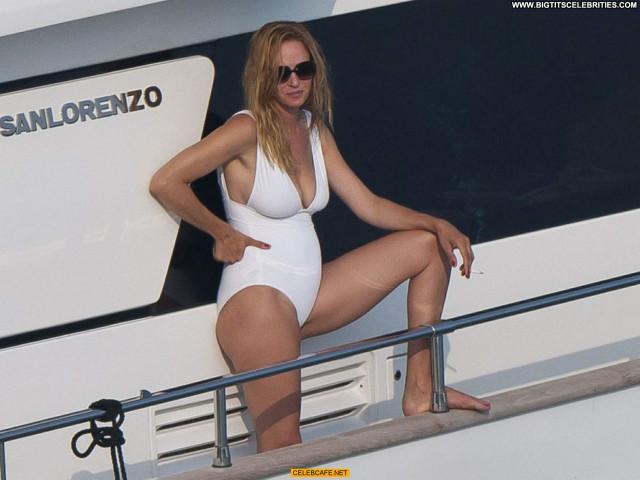 Uma Thurman No Source Saint Tropez Posing Hot Celebrity Beautiful