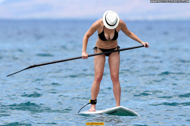 Chelsea Handler No Source Hawaii Celebrity Beautiful Cleavage Black