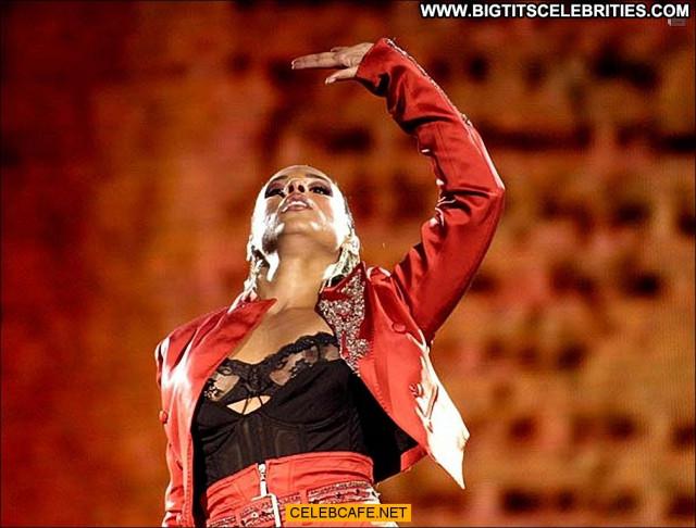 Alicia Keys No Source Celebrity Stage Posing Hot Babe Nipple Slip