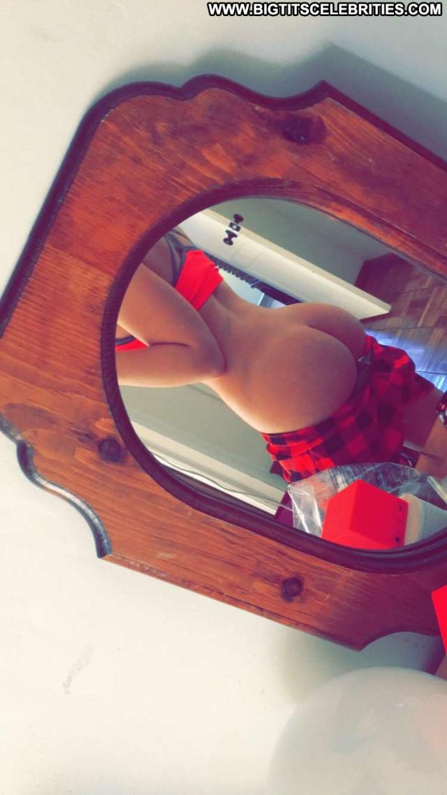 Zoie Burgher Twitter Birthday Babe Snapchat Happy Crazy American