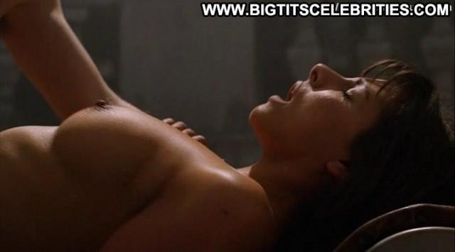 Roxanne Pallett Wrong Turn Legs Nude Sex Boyfriend Breasts Posing Hot