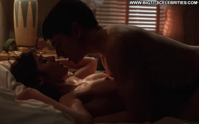 Lizzy Caplan Masters Of Sex Beautiful Nude Mom Posing Hot Celebrity