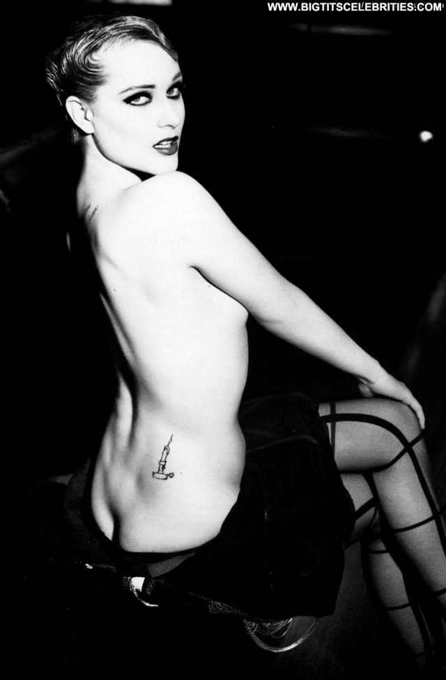Evan Rachel Wood Black And White Photo Shoot Magazine Babe Ass Posing