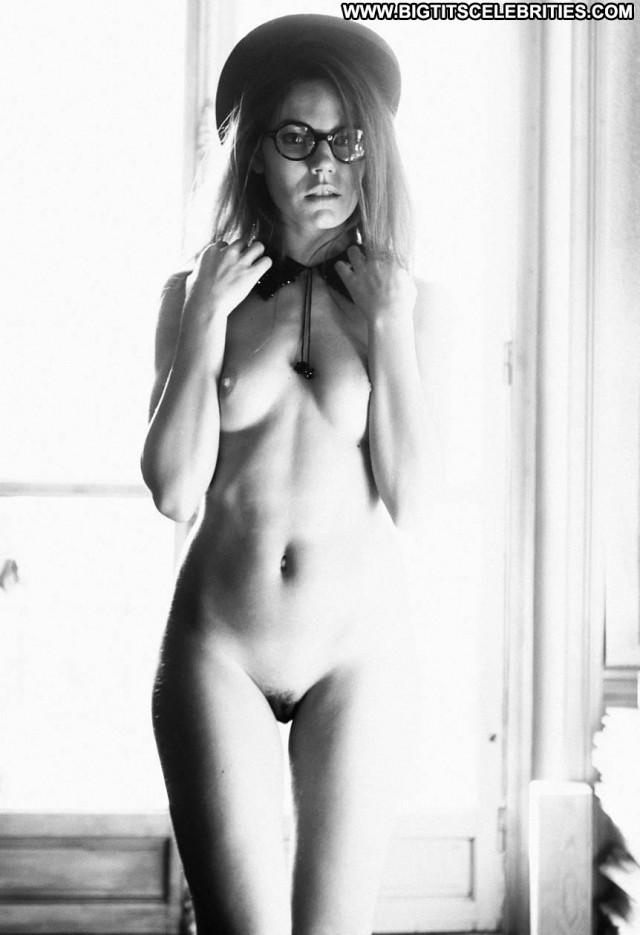 Elisabet Garcia Ever Magazine Cartoon Paris Trimmed Pussy Model Babe
