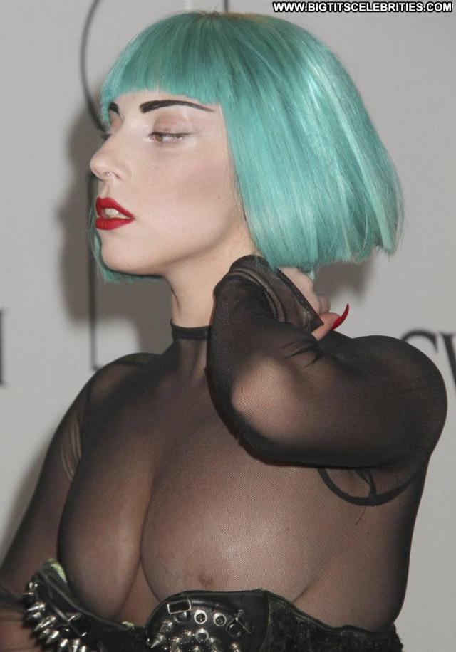 Lady Gaga No Source Wardrobe Malfunction Fashion Bra Pretty Toples