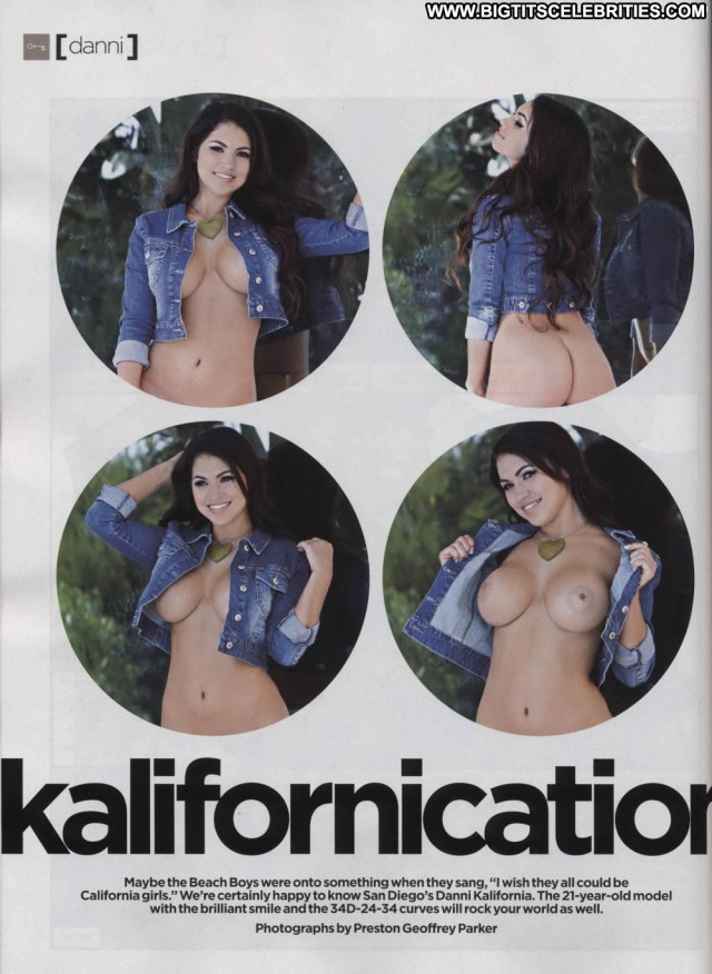 Danni Kalifornia California Girls Model Celebrity Nude Bus Latina