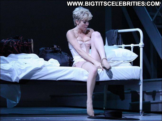 Anna Friel The Day Posing Hot British Beautiful Nude Stage Babe Uk