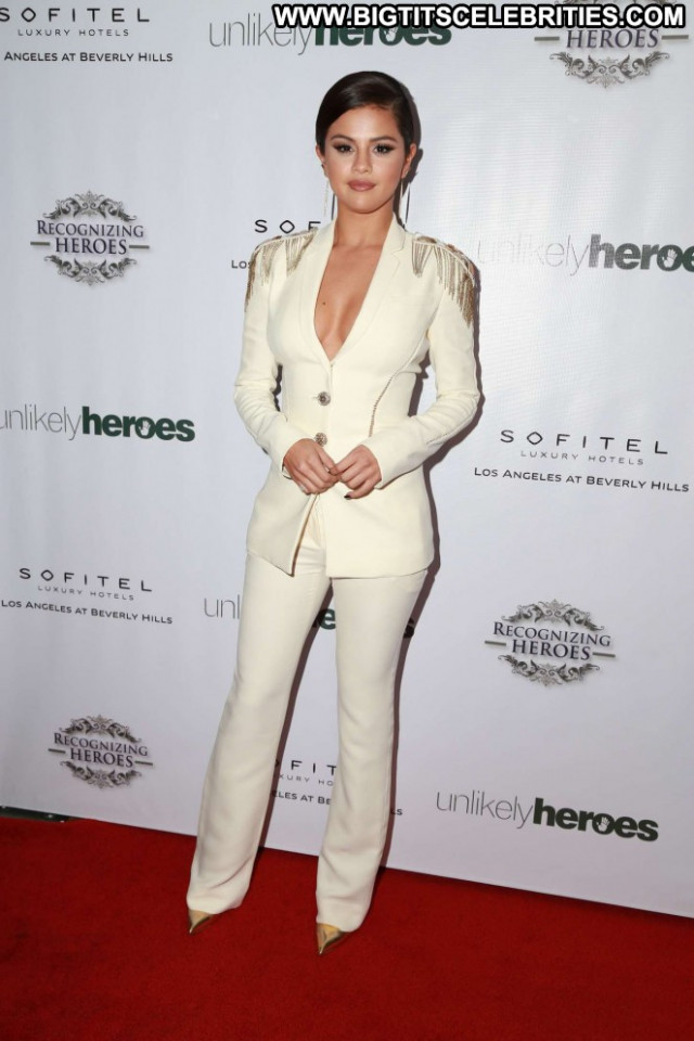 Selena Gomez Los Angeles Celebrity Angel Paparazzi Babe Los Angeles
