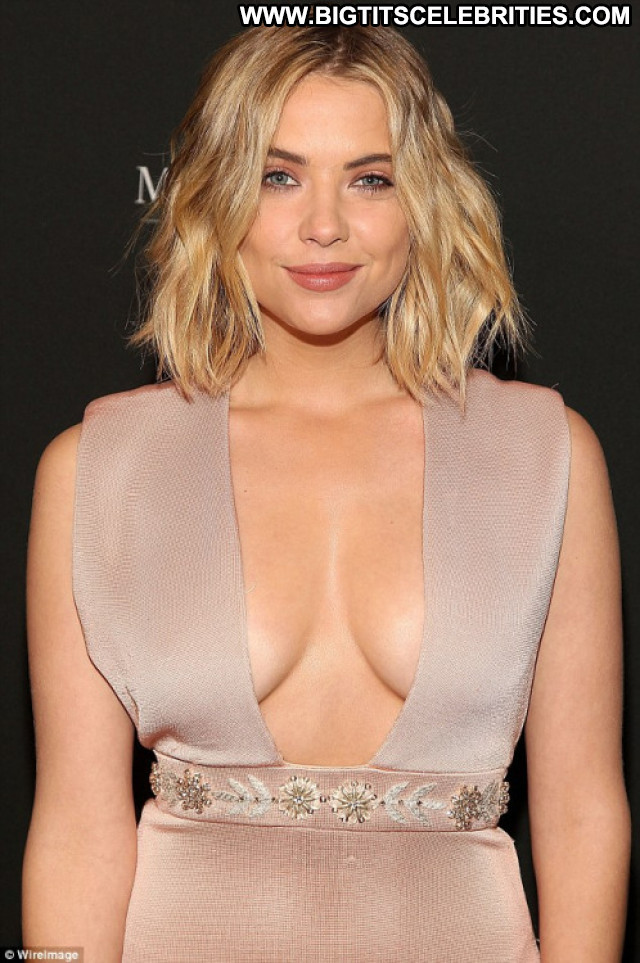 Ashley Benson Spring Breakers Black Bar Asian Live Football