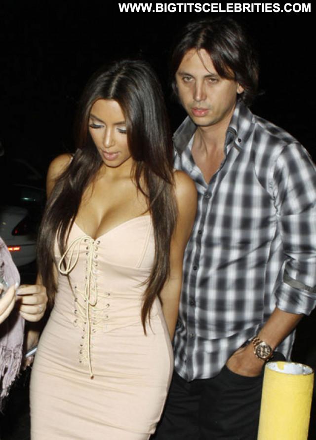 Kim Kardashian Candids Beautiful Candid Posing Hot Babe Celebrity