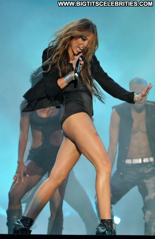 Miley Cyrus Paparazzi Spa Babe Celebrity Posing Hot Spain Beautiful