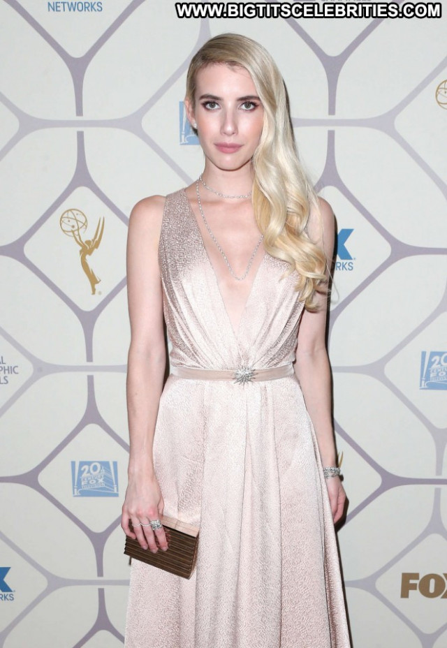 Emma Roberts Emmy Awards Paparazzi Posing Hot Awards Party Beautiful