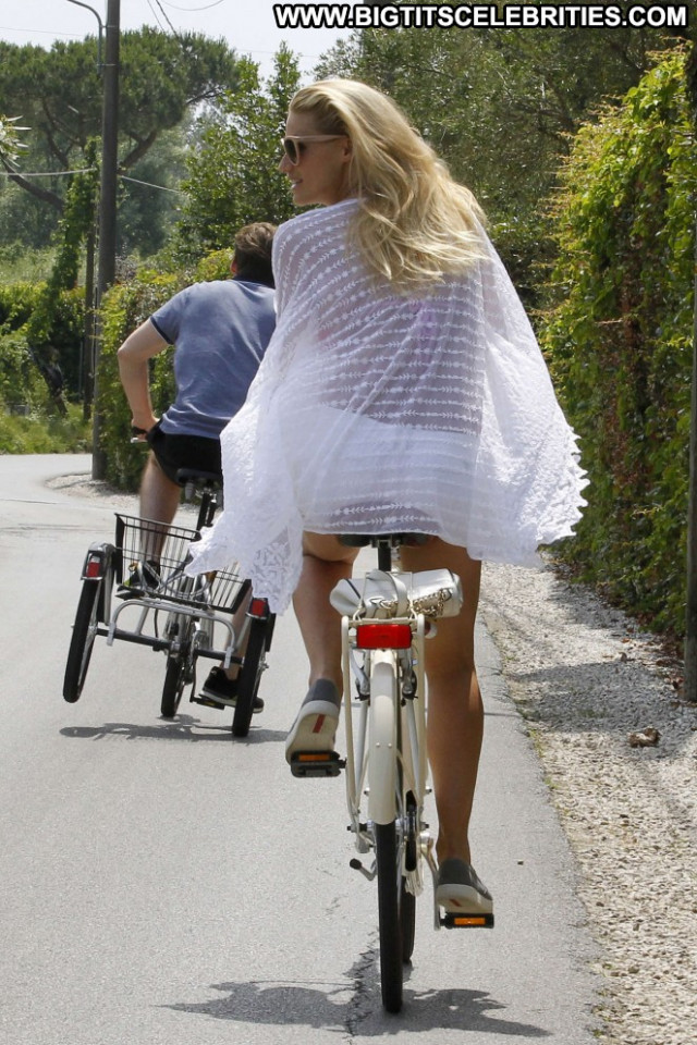 Michelle Hunziker Italy Babe Paparazzi Beautiful Posing Hot Bike