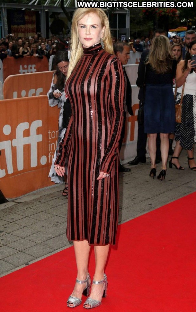 Nicole Kidman Beautiful Celebrity Paparazzi Babe International Posing